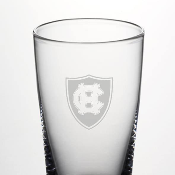 Holy Cross Pint Glass by Simon Pearce - Image 2