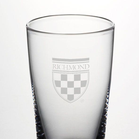 University of Richmond Ascutney Pint Glass by Simon Pearce - Image 2