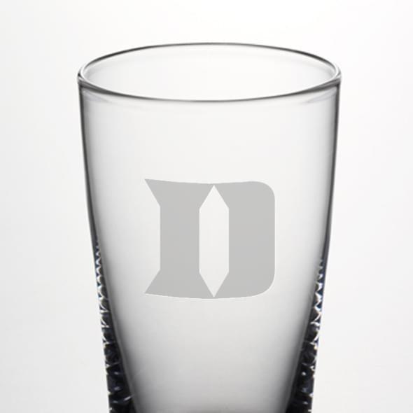 Duke Pint Glass by Simon Pearce - Image 2