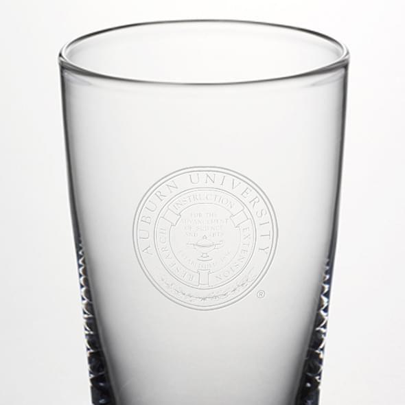 Auburn Pint Glass by Simon Pearce - Image 2