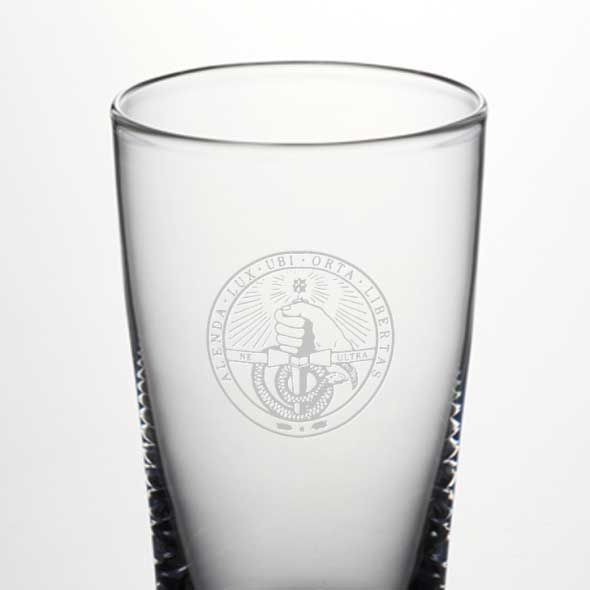 Davidson College Ascutney Pint Glass by Simon Pearce - Image 2
