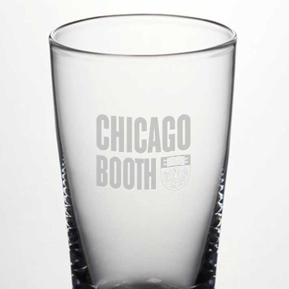 Chicago Booth Ascutney Pint Glass by Simon Pearce - Image 2