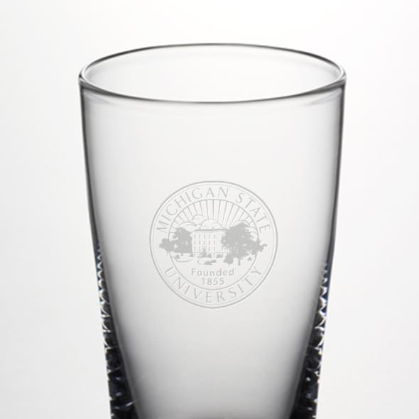 Michigan State Ascutney Pint Glass by Simon Pearce - Image 2