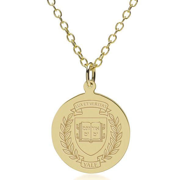 Yale 14K Gold Pendant & Chain - Image 1